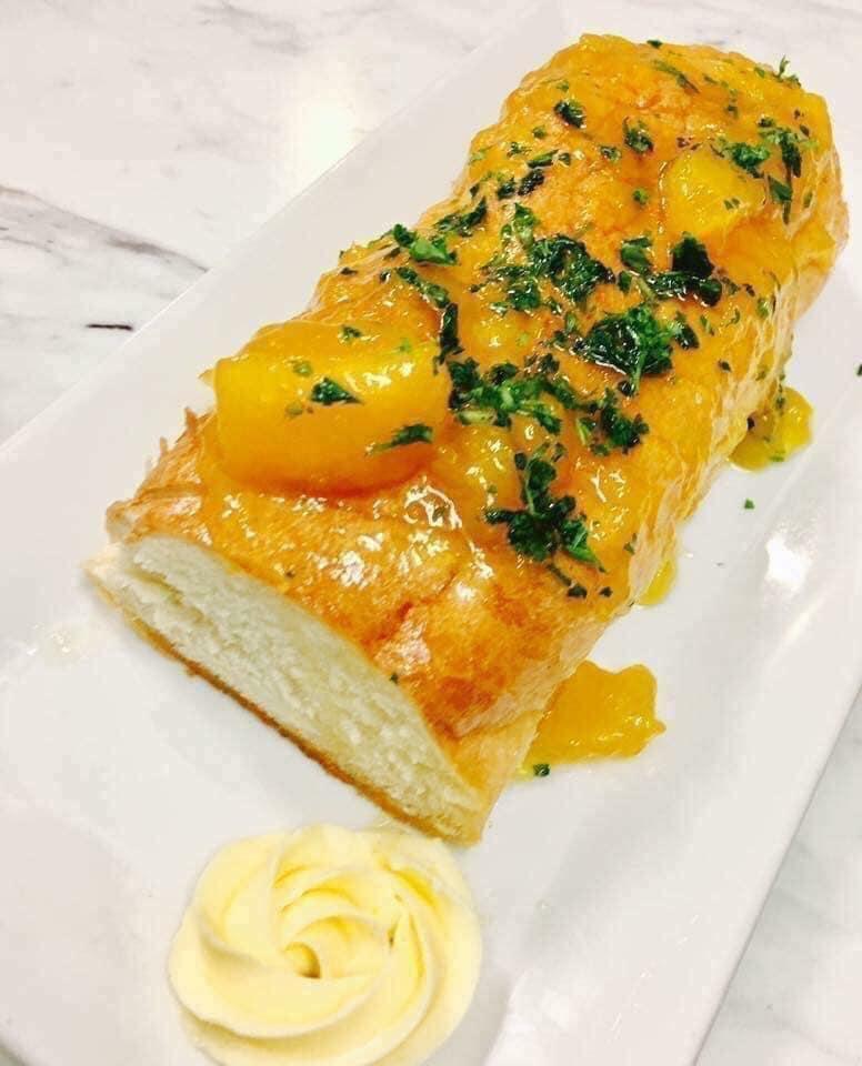Mango Mangeaux Bistro