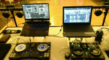 DJ Chris Preston (Disc Jockey)